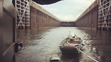 Shantyboat goes through a lock