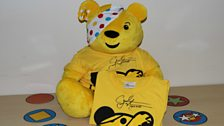 Signed Carl Frampton Pudsey T-Shirts