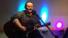 Maddie Morris performing live on The Durbervilles Folk & Roots Show