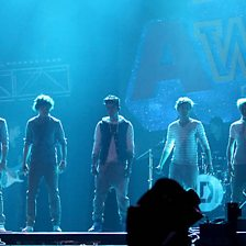 What Makes You Beautiful (Radio 1's Teen Awards 2011)
