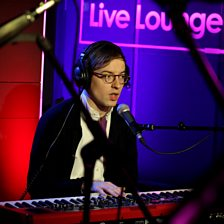 F For You (Radio 1 Live Lounge, 27 Feb 2014)