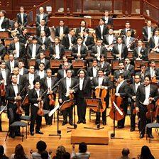 Mediodia en el Llano (feat. Simón Bolívar Symphony Orchestra & Gustavo Dudamel)