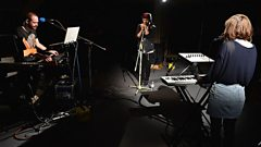 CHVRCHES - Lies live from Maida Vale