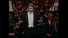 Dmitri Hvorostovsky sings Verdi