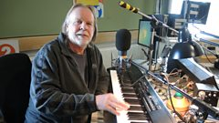 Keyboard wizard Rick Wakeman tinkles on the Big Show ivories