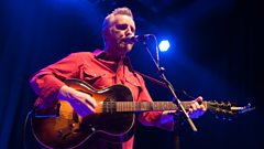 Billy Bragg talks to Radcliffe and Maconie