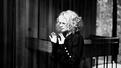 Alison Goldfrapp chats to Radcliffe and Maconie