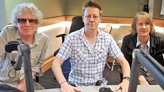 Mott The Hoople speak to Simon Mayo