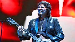 Tony Iommi chats to Radcliffe and Maconie