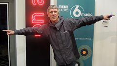 Bez chats to Mark Radcliffe