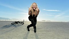 Anastacia chats to Steve Wright