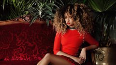 """Most guys have a bit of an ego don't they!"" - Ella Eyre introduces her new single"