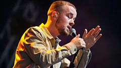 Maverick Sabre on the R1 / NME Stage
