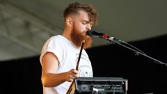 Jack Garratt catches up with Grimmy