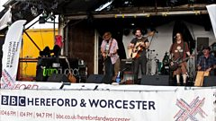 The Bleeding Hearts perform Land Of Folk & Glory at the Nozstock Festival