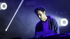 Mary Anne Hobbs chats to Four Tet