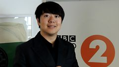Lang Lang gets bigged up by Steve Wright