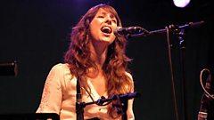 Sgwrs 9Bach gyda Lisa Gwilym - Rhan 2 (2005)