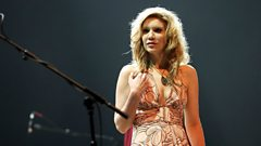Alison Krauss is inducted in to Michael Balls Singers Hall of Fame
