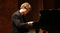 Pavel Kolesnikov performs Beethoven