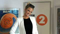 Sarah Harding tells Steve Wright about going solo