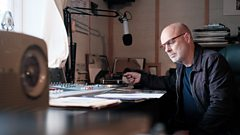 [WATCH] Brian Eno takes a trip around the John Peel Archive
