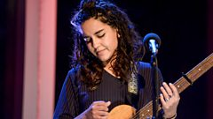 Eliza Shaddad - Let It Snow (The Quay Sessions)