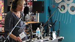 Gwenno: Balancing Motherhood and Music