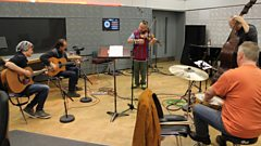 Nigel Kennedy performs his own homage to Mark O'Connor live in the studio