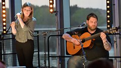 RM Hubbert with Martha Ffion - The Unravelling (The Quay Sessions)