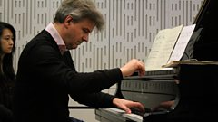 Mark Bebbington performs Gershwin live on In Tune