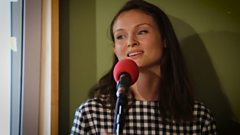 Sophie Ellis-Bextor covers Walking on Broken Glass
