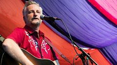 Moseley Folk Festival: Billy Bragg Interview