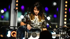 KT Tunstall - Black Horse and The Cherry Tree (The Quay Sessions)