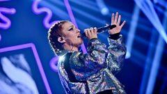 Jess Glynne - Radio 1's Teen Awards 2016 Highlights