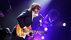 Jeff Lynne is playing the Dine & Disco 2017! But when did he last play for less than 100 people?