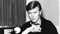 Hiding in plain sight - David Bowie walks the streets of New York