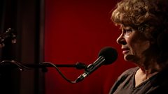 Shirley Collins - Go From My Window