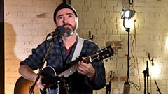 Watch James Mercer from The Shins perform The Fear from the upcoming new album Heartworms.