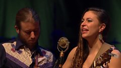 Lindsay Lou & the Flatbellys - Hot Hands