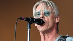 *EXCLUSIVE* The Modfather Paul Weller tells Chris about his brand new single!