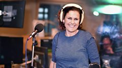 "Alison Moyet: ""I smashed my gold discs and burned all my stage outfits!"""