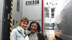 Martha Wainwright with an 'attitudinal' song live from Glastonbury