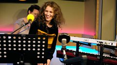 "Rae Morris: ""Patti Smith gave me a pat on the head!"""