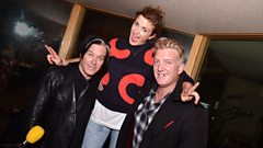 """""""Did someone just see a Lion with Dragon wings fly by?"""" - Queens of the Stone Age reveal how they stay sane on tour"""