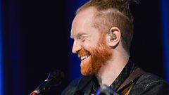 A guide to dreadlocks with Newton Faulkner!