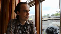 Stephen chats to Peter Broderick