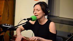 Julie Fowlis - Fear a' bhrochain / Dómhnall binn