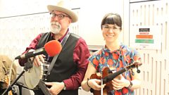 'Red hot and raring to go!' - Joe Newberry and April Verch with 'The Arkansas Travelers'