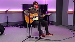 In studio: Charlie Worsham - Southern By the Grace of God (acoustic)